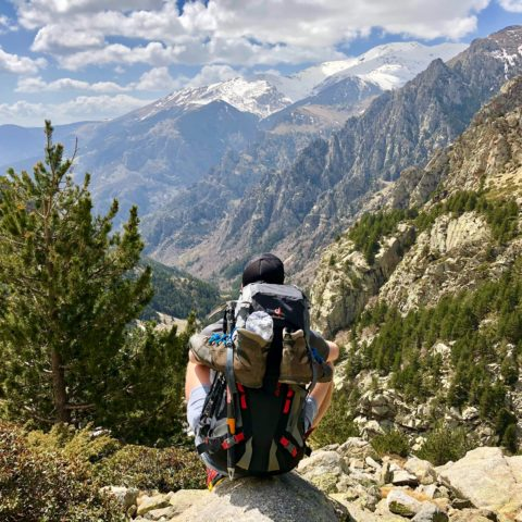 Best Daypacks For Hot Weather Hiking